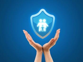买保险先买重疾还是养老好?两种保险可以一起买吗?