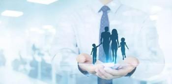 怎么选择保险公司购买重疾险?购买重疾险需要注意什么?