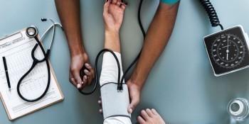 百万医疗险健康告知宽松的产品有哪些?带病投保也可以
